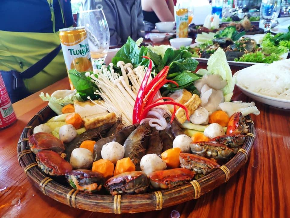 Nhà hàng Hồ Thủy Quái, Đà Lạt