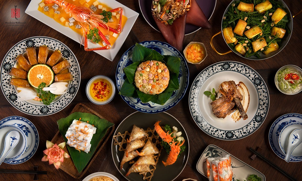 Bữa tối trên du thuyền Tàu Sài Gòn tại Hồ Chí Minh
