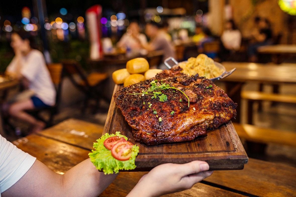 BBQ Ủn Ỉn Nha Trang