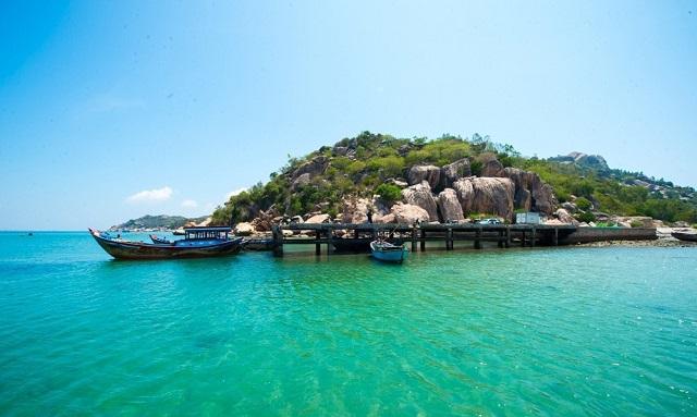 Tour 1 ngày khám phá đảo Robinson Nha Trang