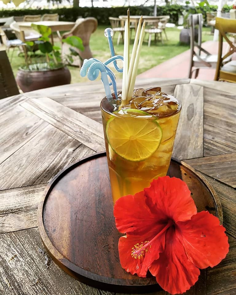 La SeaEsta - Coffee, Wine, and Dine Nha Trang