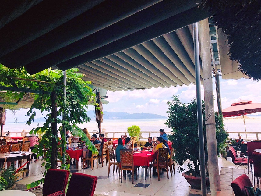 Nhà hàng Thùy Dương Nha Trang
