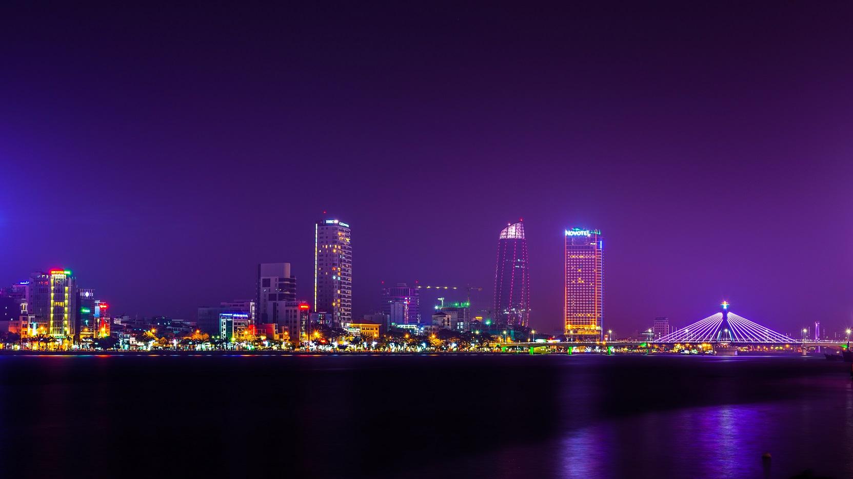Xe riêng đưa/đón sân bay Đà Nẵng