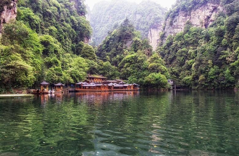 Du lịch khám phá Trương Gia Giới - Phượng Hoàng Cổ Trấn 5N4Đ
