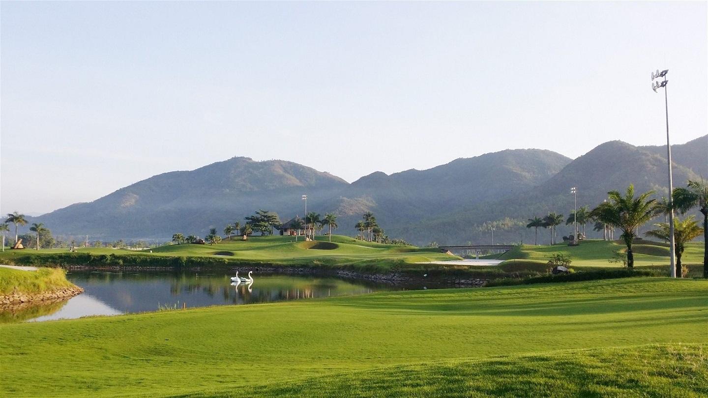 Nha Trang Golf Tour 3 ngày 2 đêm