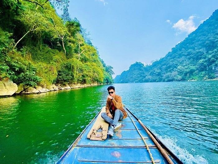 Tour 3 ngày 2 đêm - Khám phá thác Bản Giốc, ngồi thuyền ngắm hồ Ba Bể