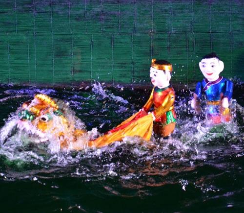Tour tham quan Làng gốm Thanh Hà và Xem biểu diễn múa rối nước tại Hội An