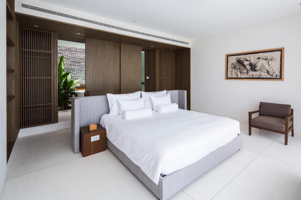Three Bedrooms Beachfront Villa