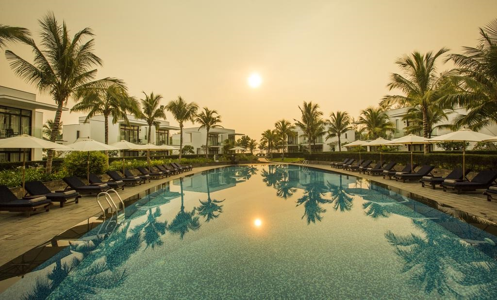 Meliá Đà Nẵng Beach Resort