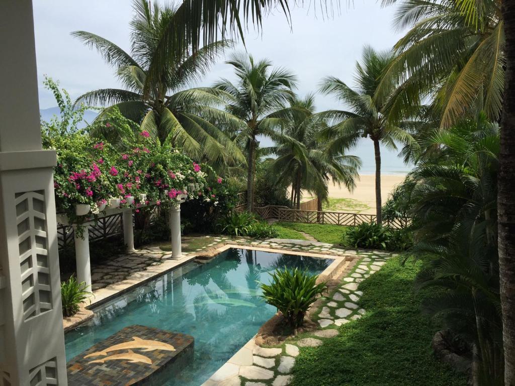 Private Pool Villa Beach Front