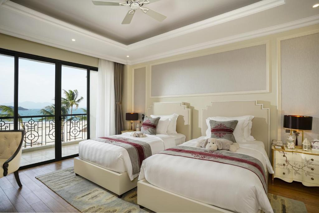 3-Bedroom Duplex Ocean View Villa (BB)