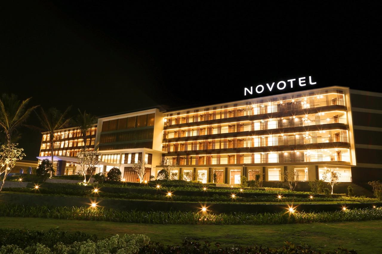 Đón hè rực rỡ tại NOVOTEL Hotel & Resort Phú Quốc (3N2Đ)