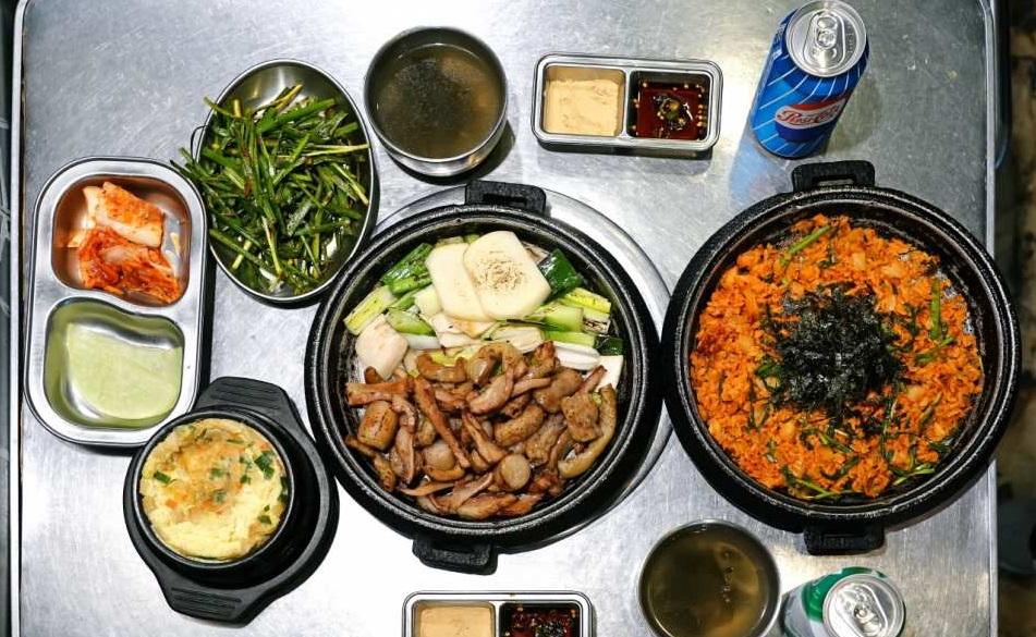 Nhà hàng lòng nướng BBQ Ilbeonji Gopchang, Myeongdong