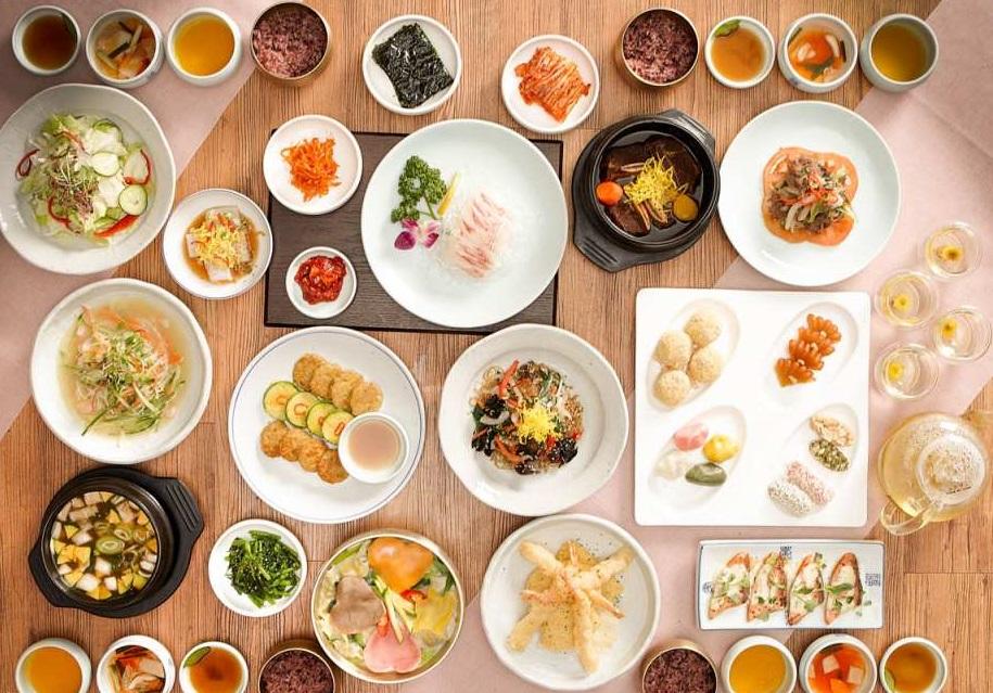 Ẩm thực hoàng gia tại nhà hàng Myongdongjeong, Seoul