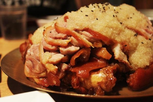 Nhà hàng chân giò lợn Myth Jokbal, Myeongdong, Seoul