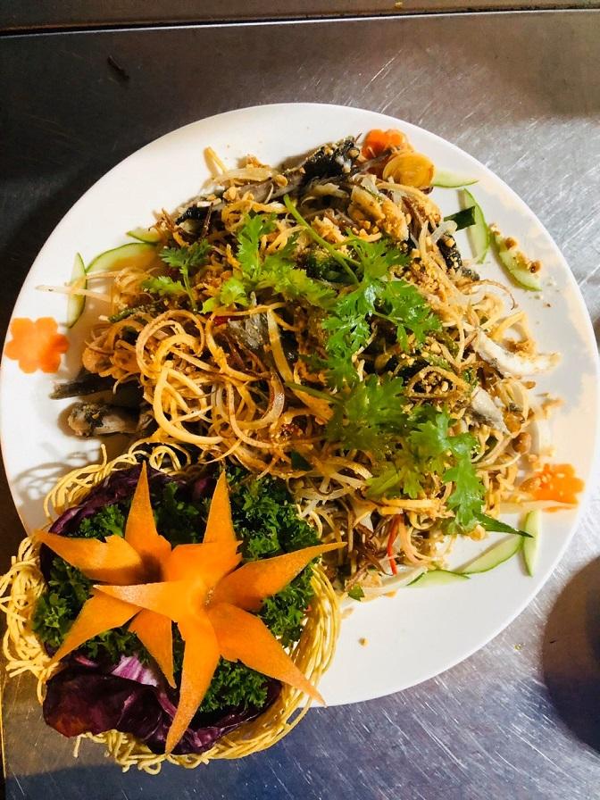 Đặt chỗ tại Nhà hàng Ngự Uyển Phú Quốc